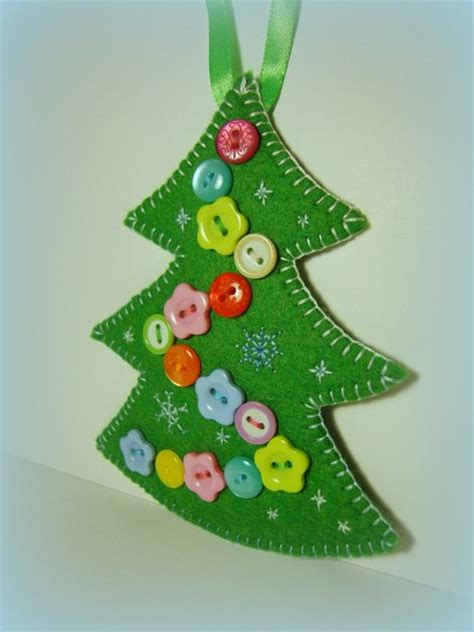 christmas crafts made of buttons picturescrafts com