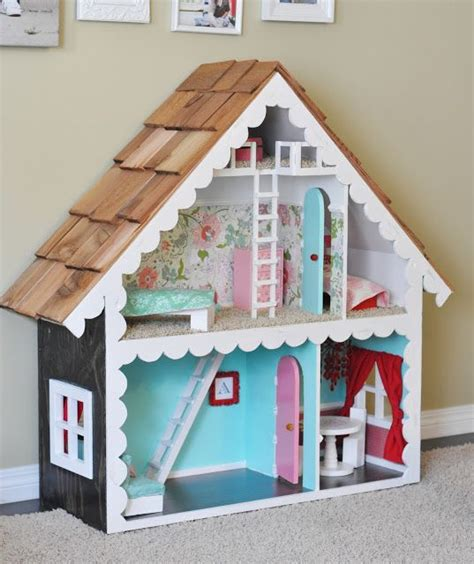 Handmade Dolls House - handmade doll house for doll stuff