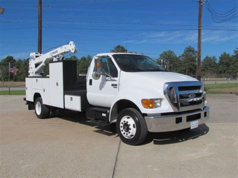 Ford F650 Truck by Ford F650 Service Trucks Utility Trucks Mechanic