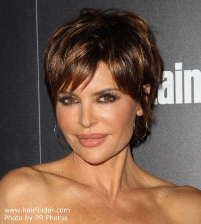 what does lisa rinna use on her hair lisa rinna modern pixie haircut for a 50 years old lady