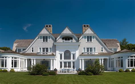 Nantucket House tips from the architect shingle style architecture