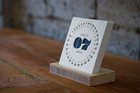 Letterpress Desk Calendar by Type Letterpress Calendar Uncrate