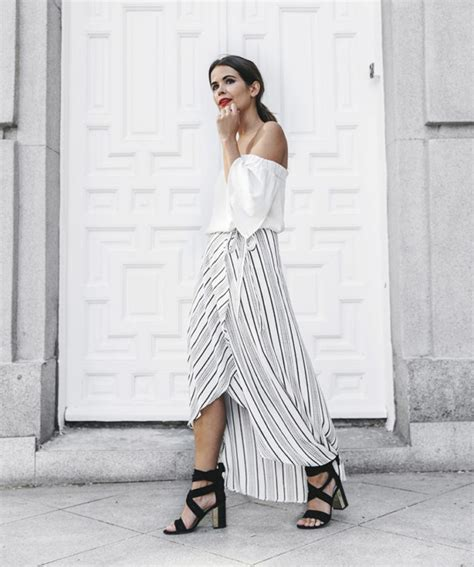 30 ways to style a maxi skirt this summer closetful of