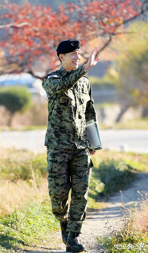 lee seung gi special forces lee seung gi reflects on past two years shares future