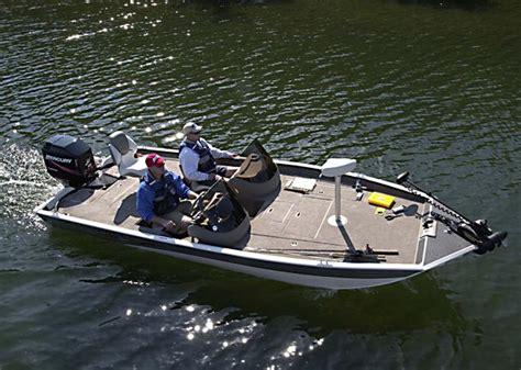 crestliner boats for sale on craigslist used crestliner 2150 for sale upcomingcarshq