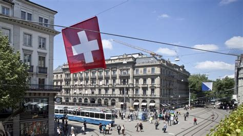 schweizer banken übersicht stabiler bankenplatz schweiz nachrichten analysen und