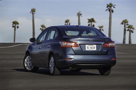 2015 nissan sentra pictures photos gallery motorauthority