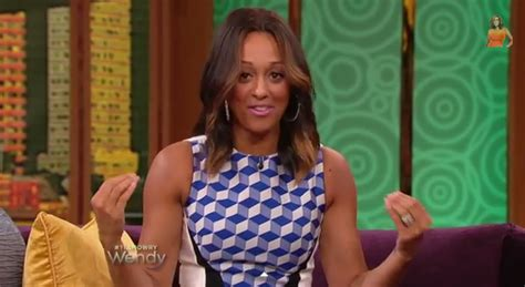 does tia mowery wear wigs awkward much tia mowry recalls being turned away by
