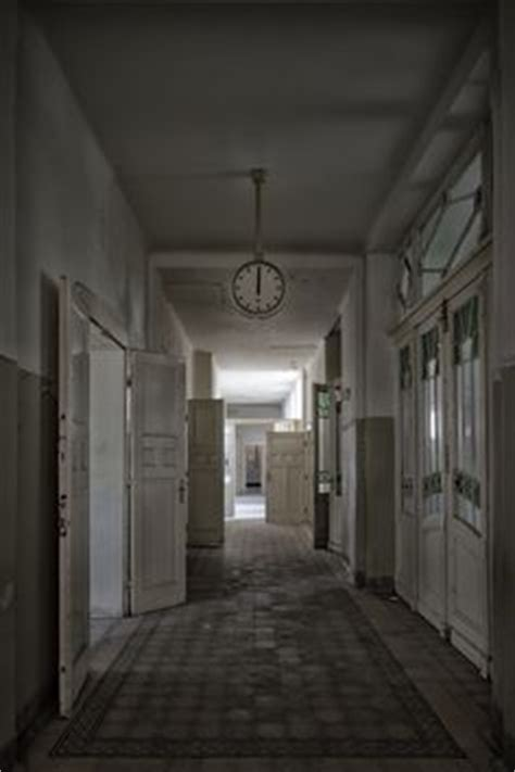 darkest hour haunted house 1000 ideas about abandoned homes on pinterest abandoned
