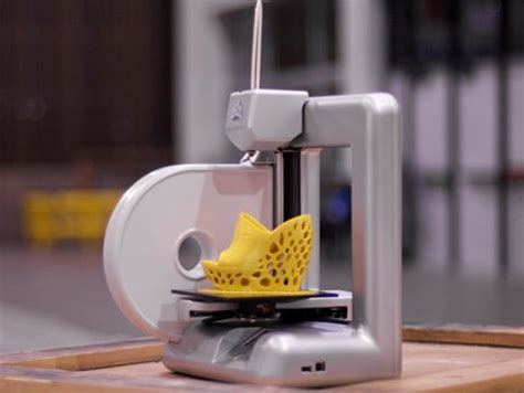 Custom 3d Print affordable consumer 3d printer and its web based alter ego gadgets science technology