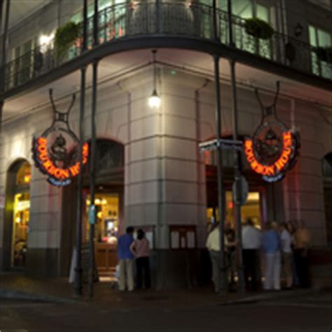 bourbon house new orleans bourbon house seafood and oyster bar new orleans restaurant