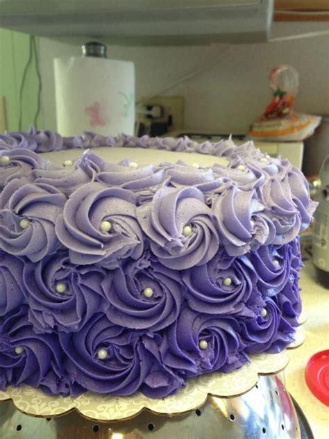 purple ombre rosette cake cakes cupcakes   pinterest purple ombre rosettes  ombre