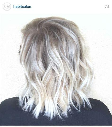 Felice Hair Colour 0 00 White habitsalon coiffures cendre blond argent et extensions