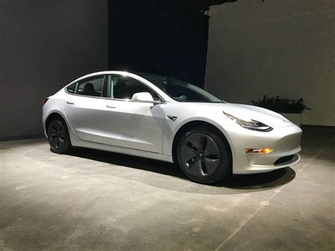 found craigslist image tesla model 3 found on craigslist size 1024 x 768 type gif posted on