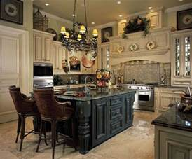 Beautiful kitchen love the center island and the above cabinet decor