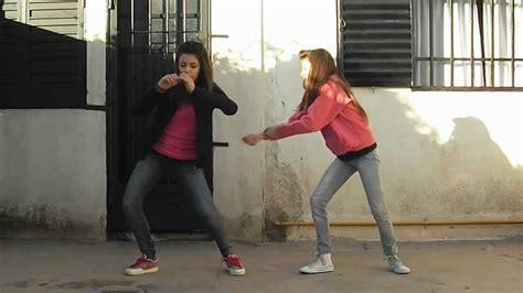 chicas morande chicas bailando mega tirate un paso daddy yankee