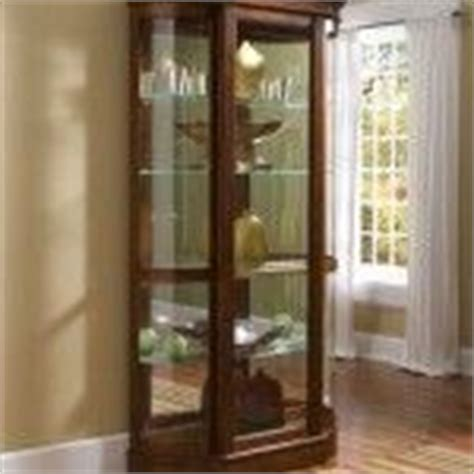 pulaski curved glass curio cabinet 1000 images about glass display cabinets on