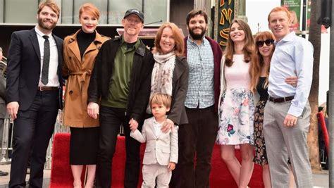 ron howard arrested development ron howard s children is that his real family on