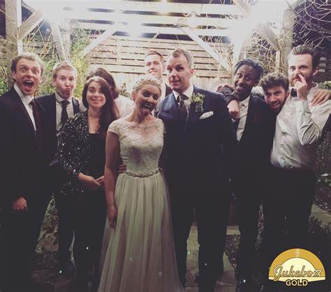 jukebox gold plays owens barn wedding cheshire cheshire