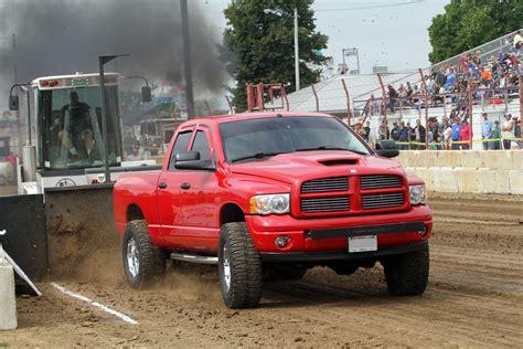 dodge county fair wisconsin dodge truck pull beaver dam wi dodge county fairgrounds