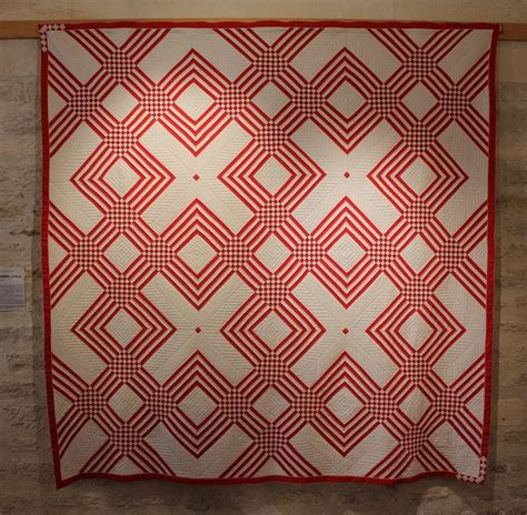 2 Color Quilt by 25 Best Ideas About Two Color Quilts On Quilt