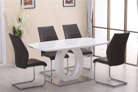 Superbe Plafonnier Pour Salle A Manger #4: table-a-manger-design-thora.jpg