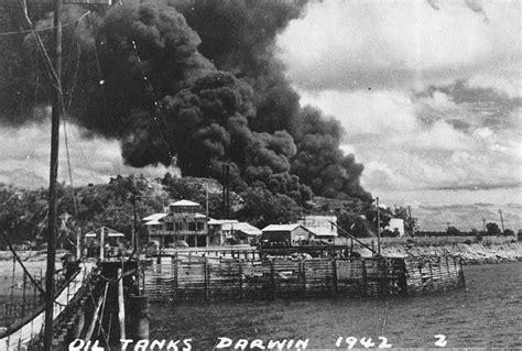 bomb damage in darwin 1942