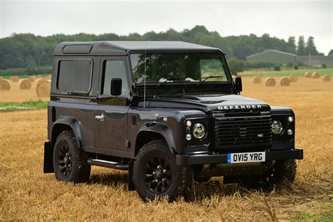 Land Rover Defender 90 2015 Review Pictures Auto Express