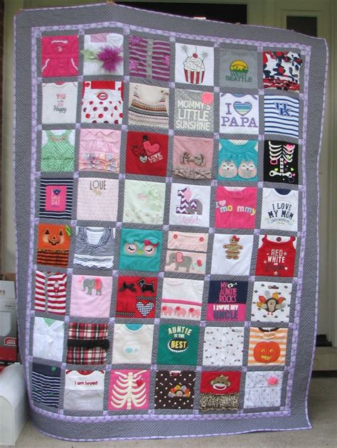 Patchwork Quilt Out Of Baby Clothes - best 25 baby clothes quilt ideas on