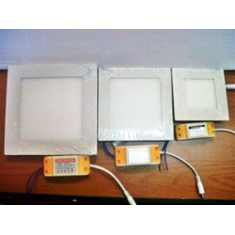 Fantas Downlight Led Panel Kaca 12 Watt Kotak White lu downlight led 6 9 12 watt kotak