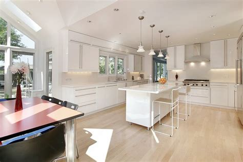 Light Kitchen Flooring 32 Spectacular White Kitchens With Honey And Light Wood Floors Pictures