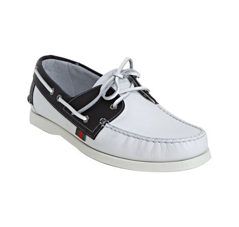 gucci white and black leather boat shoes in white for
