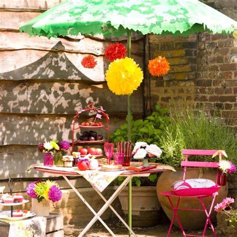 Con encanto . . .: Relajarse en el jardín
