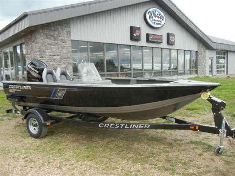 crestliner boats iowa crestliner 1750 fish hawk boats for sale boats