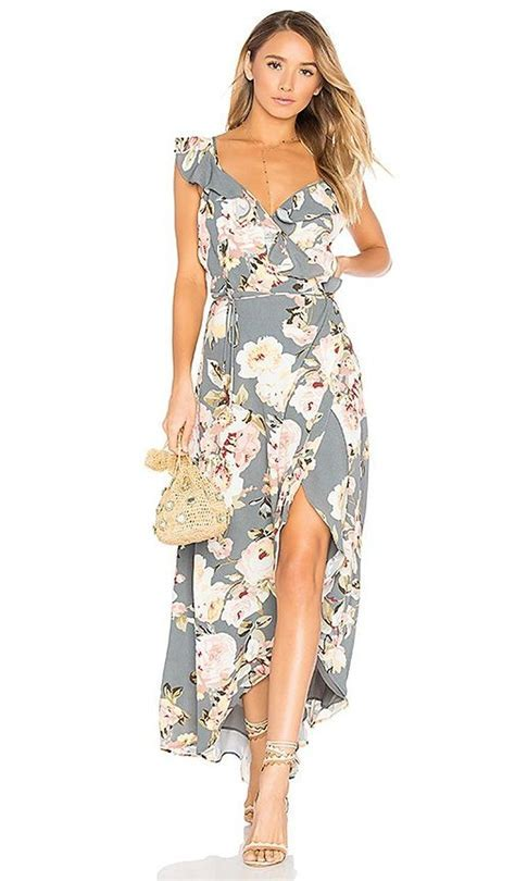 Trending 2018 Spring Wedding Guest Dress Ideas 12