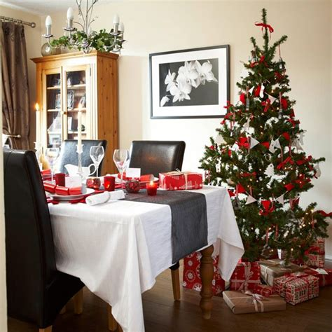 images of christmas dining tables dining table christmas dining table decorations