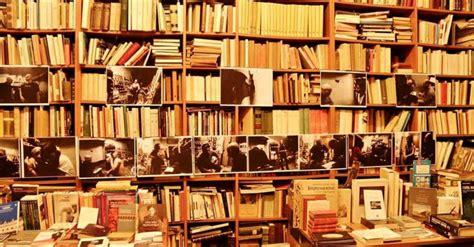 librerie di napoli le librerie antiquarie pi 249 famose di napoli shopping