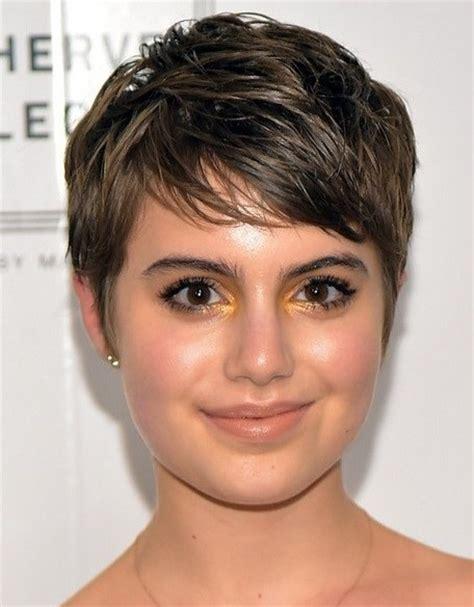 haircut for big cheeks hairstyles for chubby face cinefog