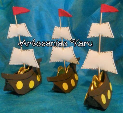barcos de cristobal colon en foami barco pirata artesanias karu pinterest