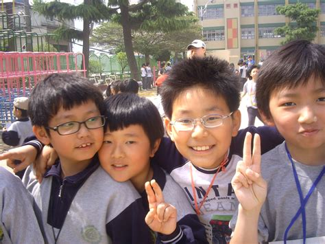 Reasons Elementary School Is More Awesome Now by 10 Reasons To Visit And Live In South Korea