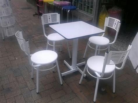 mesas y sillas para bar juegos 4 sillas karla y mesa madera para restaurante bar