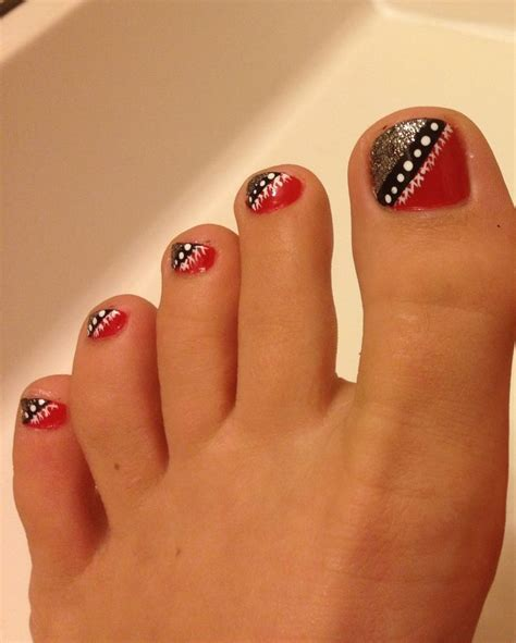8 Pretty Manicure And Pedicure by For Uga Gameday Pedicures