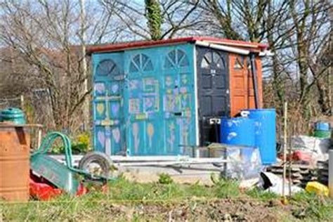 Building A Shed From Recycled Materials by How To Build A Garden Shed Out Of Recycled