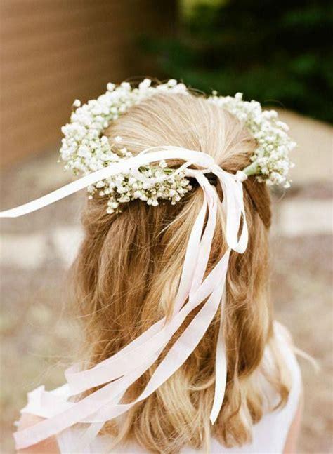 how to create a flower wreath hair piece my view on fashinating 8 fofos penteados para daminhas as lembrancinhas de