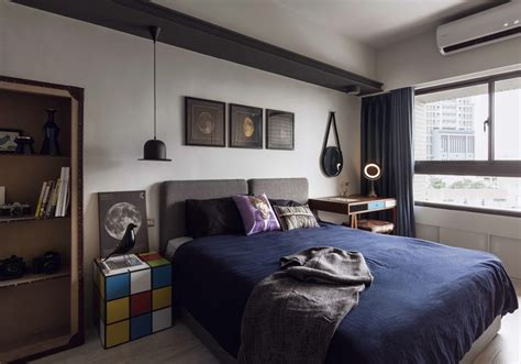 Fabulous Marvel Heroes Themed House With Cement Finish And Creative Bedroom Design