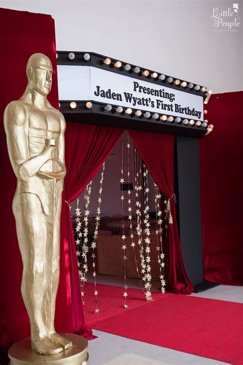 what is a hollywood theme party kara s party ideas hollywood oscars 1st birthday party