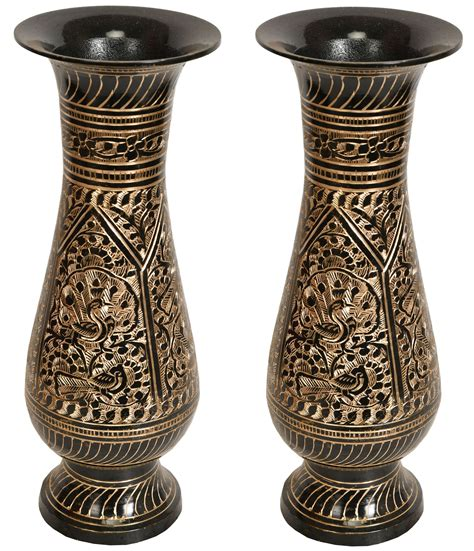 pair of engraved peacock flower vase