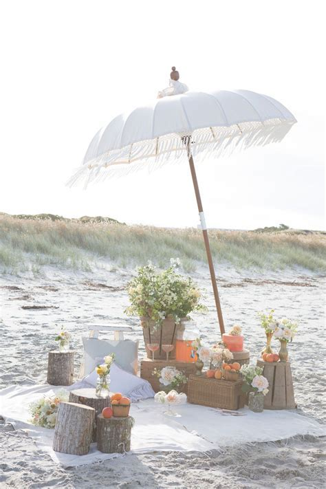 How To: Set Up a Beach Picnic Reception   New Zealand