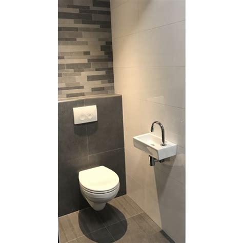 toilet tegel op tegel complete toiletruimte muretto inclusief tegels en toilet