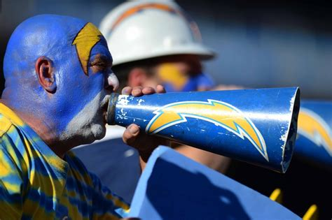 san diego chargers 2015 season tickets san diego chargers should they relocate